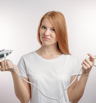 Kleding ontkreuken zonder strijkijzer te moeten uithalen: 3 tips!
